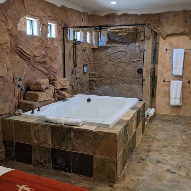 Canyon Bath and Shower.jpg
