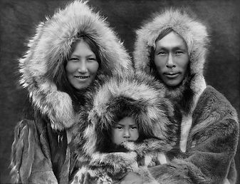 1200px-Inupiat_Family_from_Noatak,_Alask