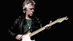 Dave Edmunds Interview:  Rockabilly Guitar Hero Releases  Brilliant New Album