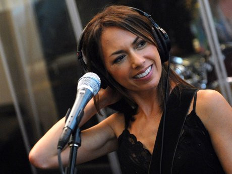 Susanna Hoffs Interview: 'The Bangles' Multitalented Songstress and Songwriter