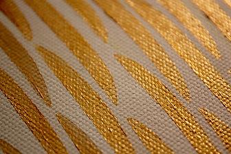 detail Golden