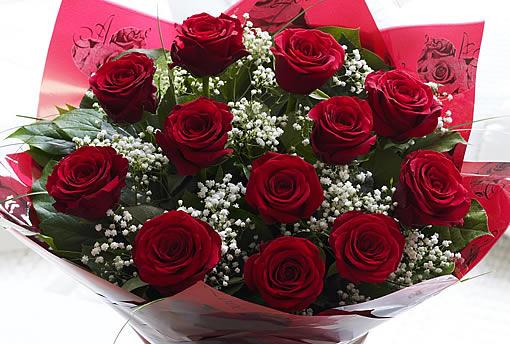valentines dozen red roese bouquet.jpg