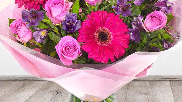 Pink Gerbera Bouquet Large