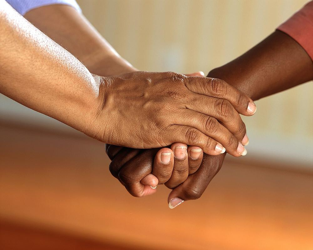 Géminis representa el apretón de manos