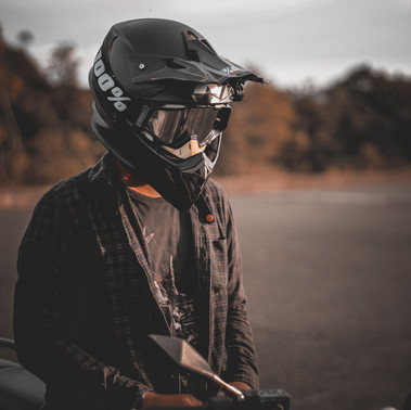 Como melhorar a direção da minha moto?