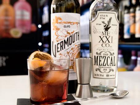 Le Cocktail du moment de l'équipe : Negroni avec Vermouth rouge Olave et Mezcal MeXXIcano !