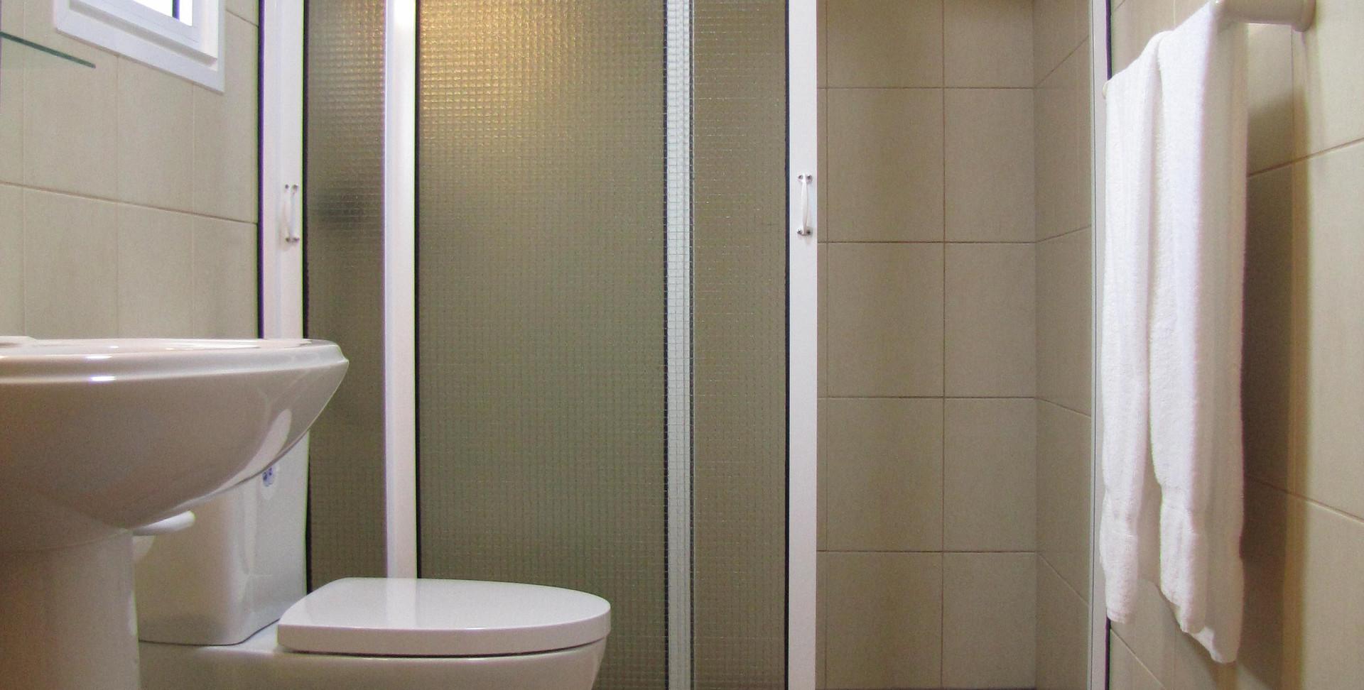 #4 bathroom, 2018.JPG