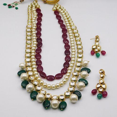 Kundan Pearl Set