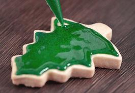 christmastreecookie_edited.jpg