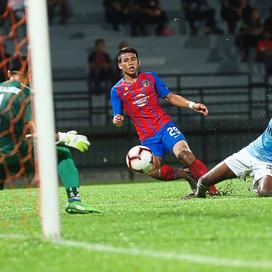 Tinagaran bounces back up