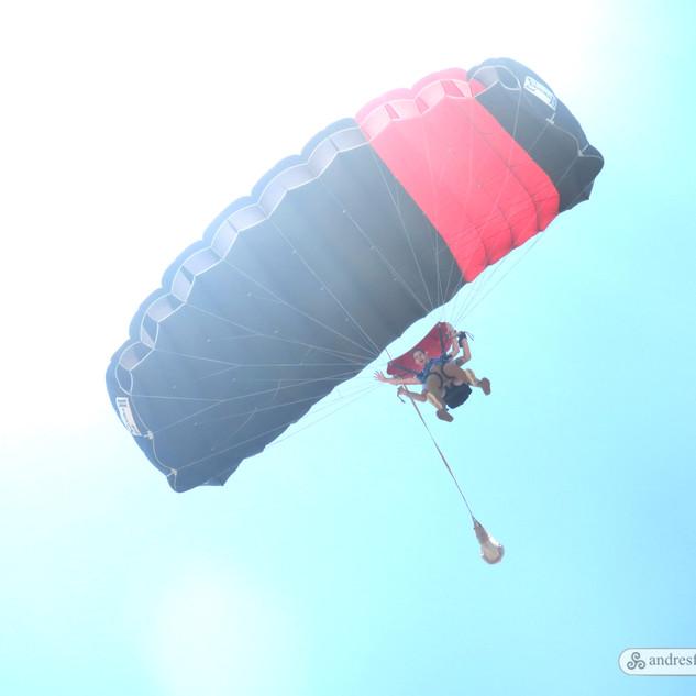 paracaidas.jpg