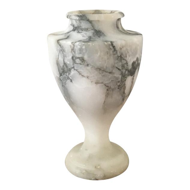 Late 19th Century Classical Italian Alabaster Vase