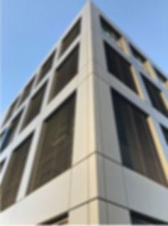 14.Fassadenfront dunkel.jpg