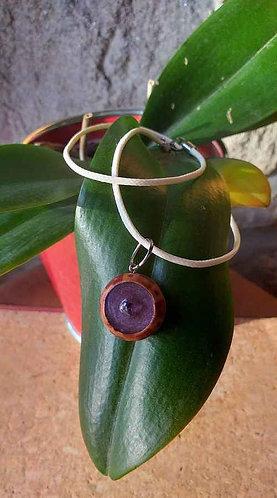 Collier Résine Violette à perle violette