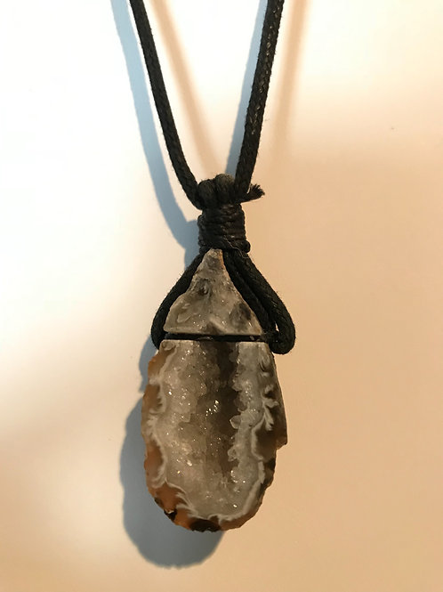 Geode Necklace (Charged)