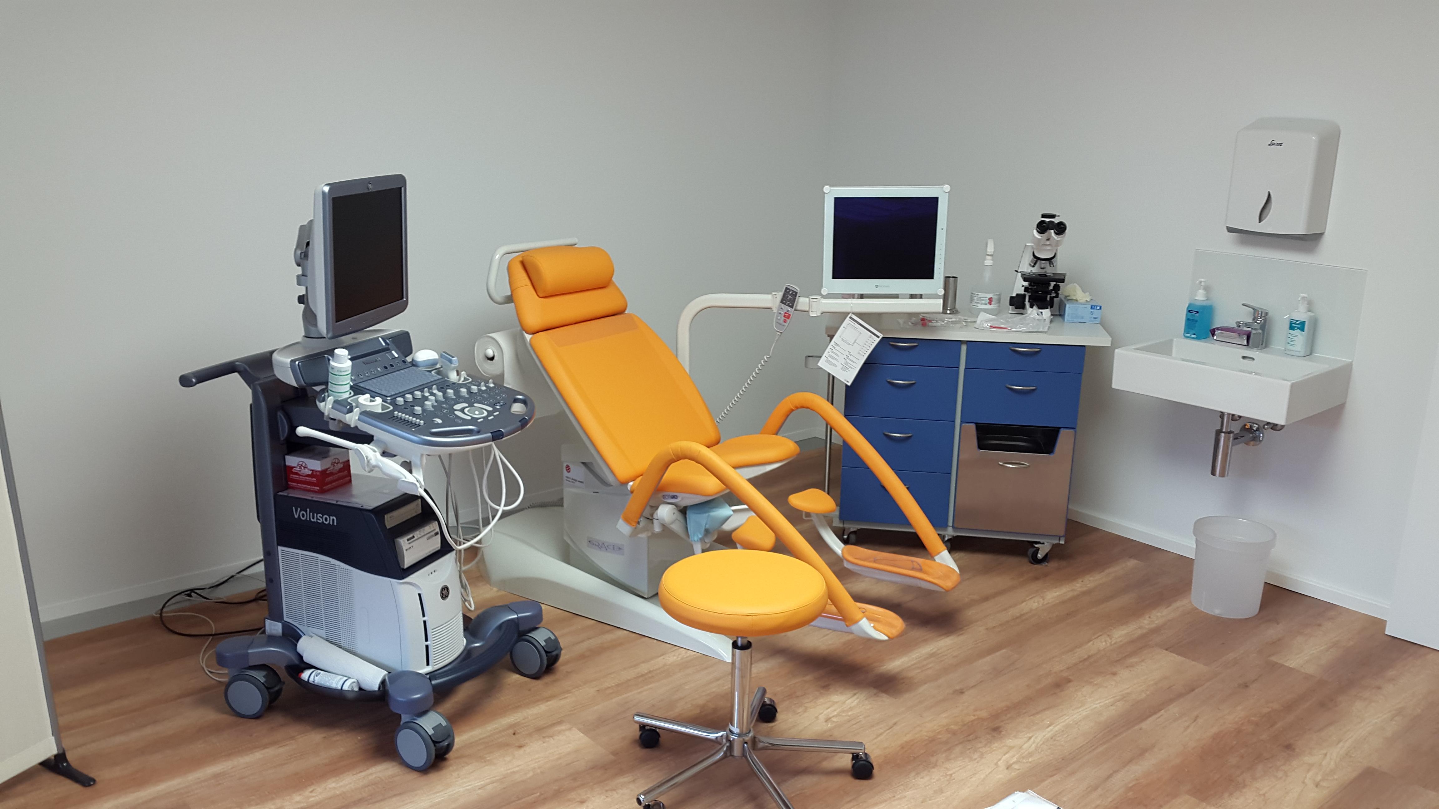Behandlungsraum Praxis Sihlbogen