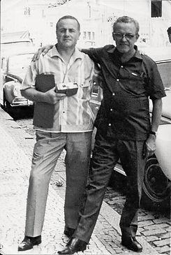 Hercílio Maes com o amigo escritor e tradutor argentino Manuel Valverde