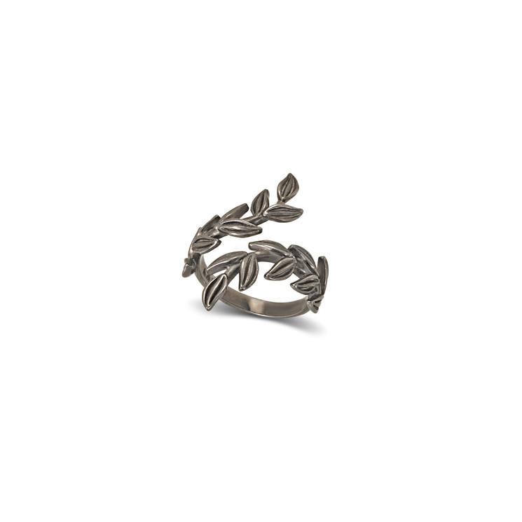 Daphne Leaves Ring