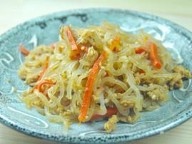 Japanese-style Shirataki and Canned Tuna Stir-fry
