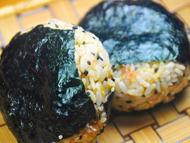Onigiri of Bonito Flakes and Sesame