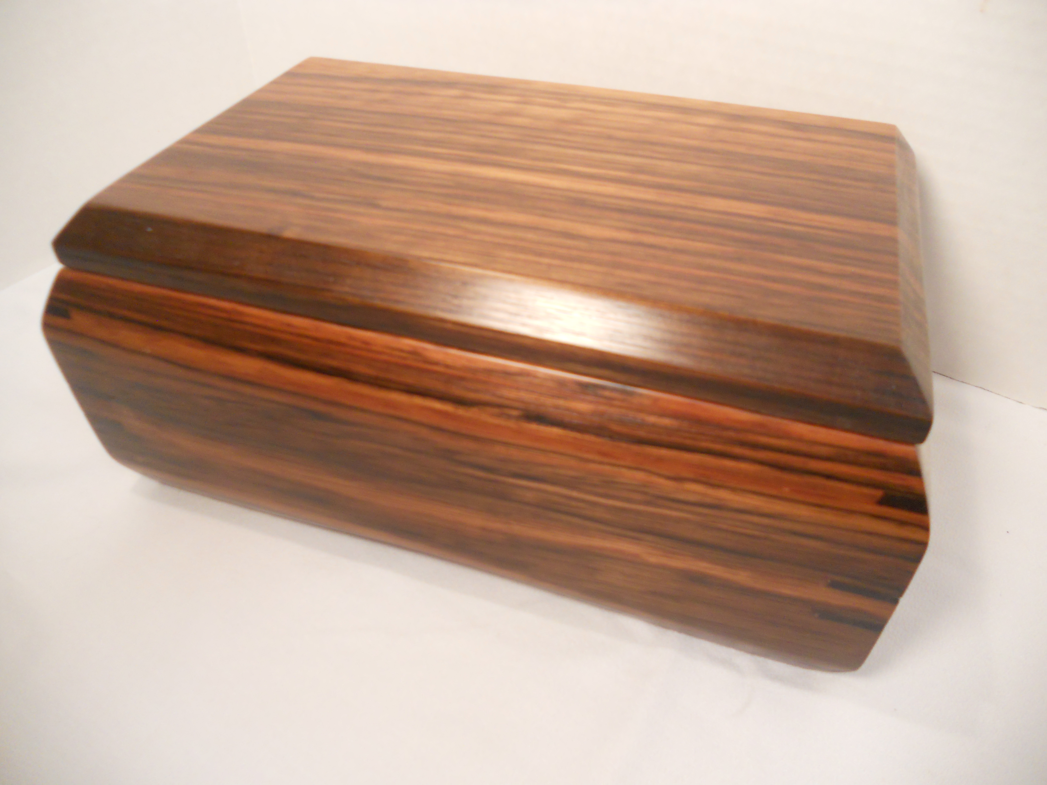 Signature Sculpted Box, Small