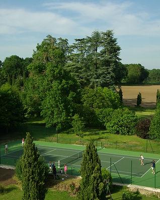 Activité-sur-place-3-Tennis-château-de-P