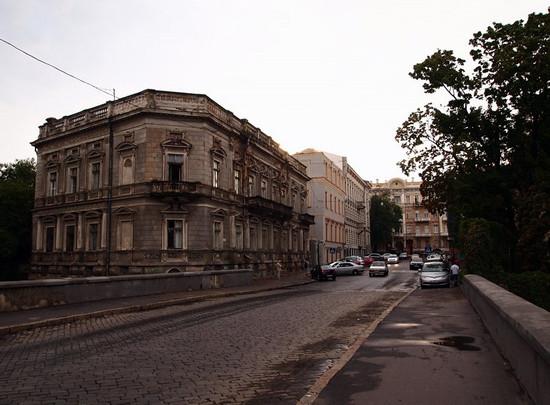 odessa-ukraine-architecture-5-small.jpg