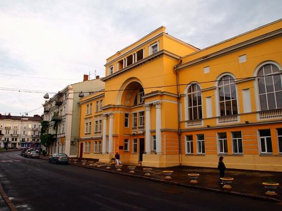 odessa-ukraine-architecture-6-small.jpg