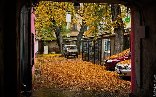 unique-odessa-patios-ukraine-1.jpg