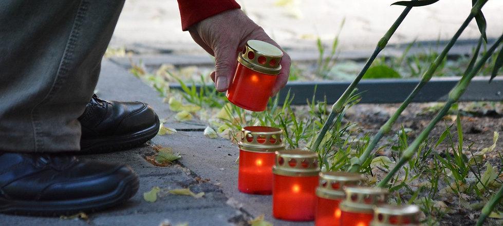 CВЕЧИ ПАМЯТИ фото с сайта zvzda.ru.jpeg