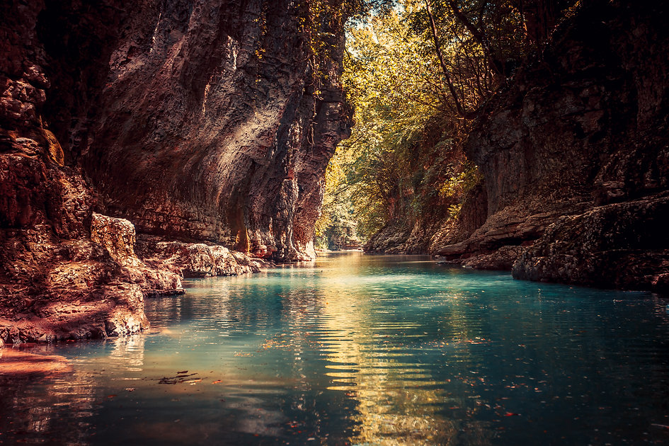martvili-canyon-in-georgia-nature-landsc