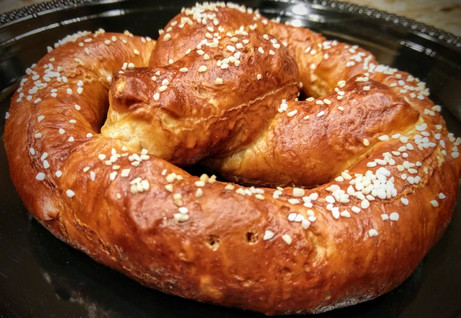 Bavarian Pretzel with Beer Cheese