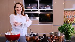 Du Makroud à la Mchekla en passant par les qtayefs, Cheffe Sherazade vous fait découvrir les secrets des pâtisseries algériennes.