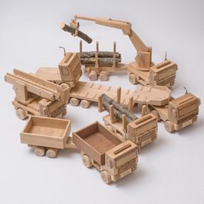 Holz Fahrzeuge