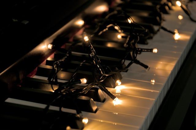 Christmas jazz music