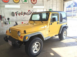 The Wrangler came to us with some cheap clear coat failure on the front.. The customer wanted a uniq