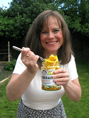 Marie Jarvis Nutrition nutritionist with sauerkraut in Glasgow