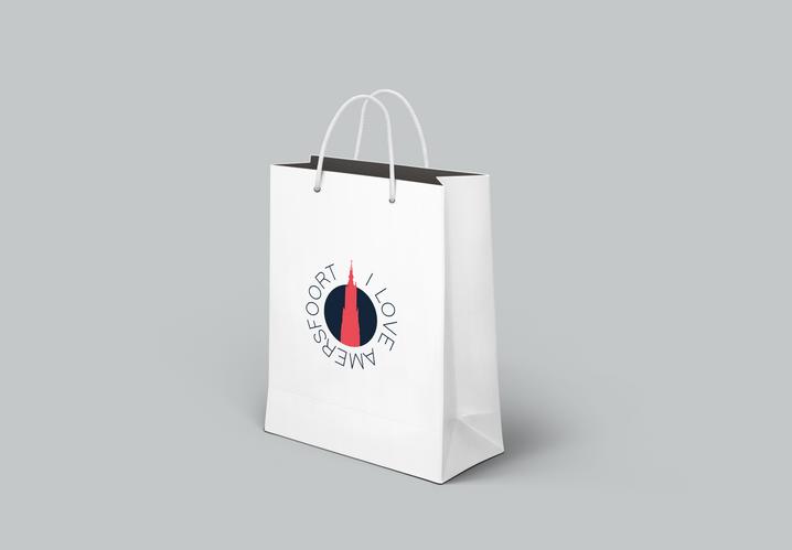 Shopping Bag PSD MockUp1.png