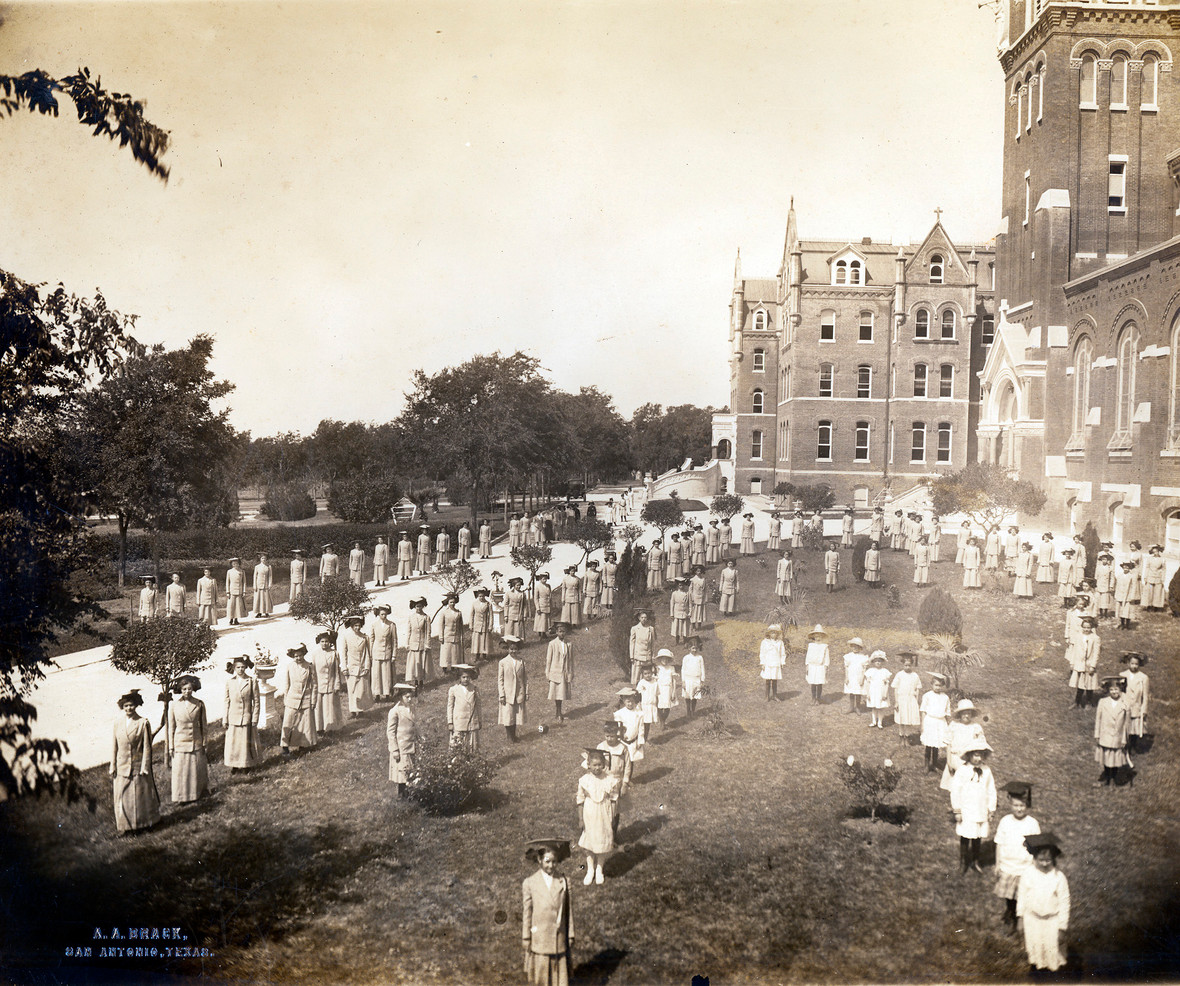 In 1892, the Sisters established Incarnate Word School in a rented house on Avenue D in downtown San Antonio. In 1900, when the Sisters built their Motherhouse on newly acquired property in Alamo Heights, the school moved into the new building.