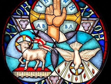 The Solemnity of the Most Holy Trinity | Solemnidad de la Santísima Trinidad