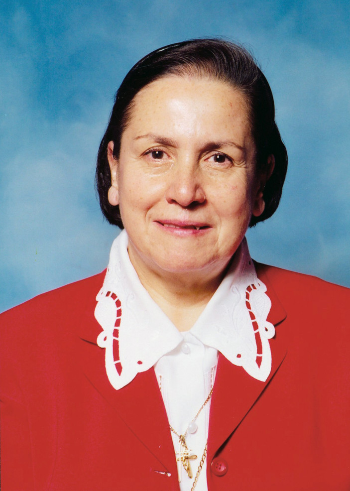 Sr. María Guadalupe Suárez (1945–2010) blended a firm grasp of technological advances with a deep sense of humanism and dignity. She supervised nurses in the operating room and in intensive care of Mexico City's Instituto Nacional de Cardología Ignacio Chávez. She saw as her mission the protection of the rights of every patient.