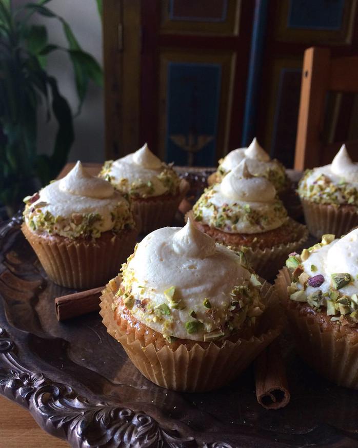 Cardamom Pistachio Cupcakes