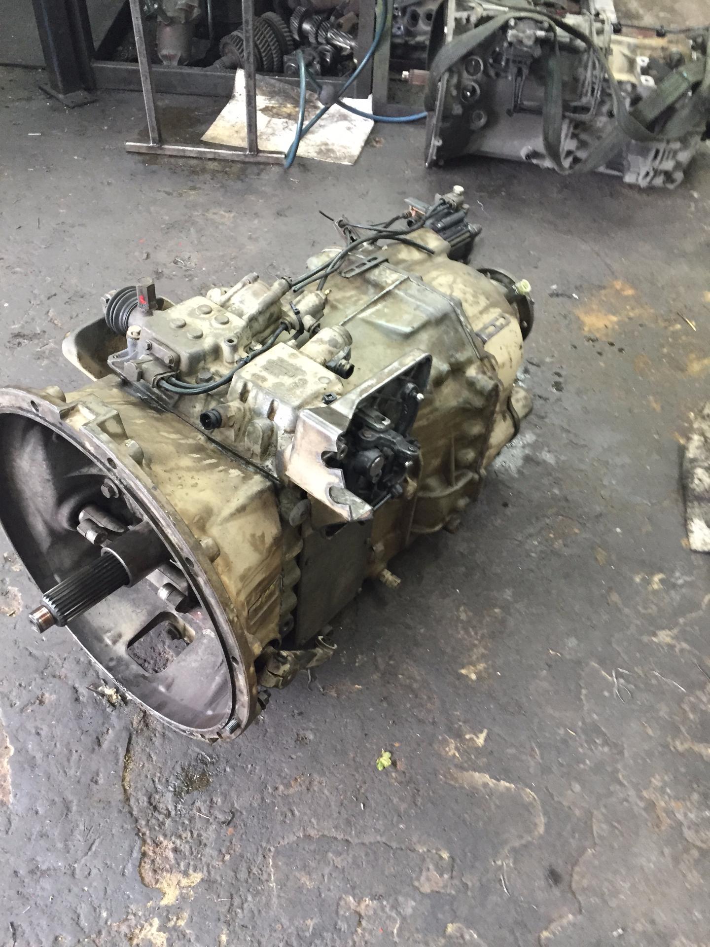 volvo 2412 gearbox