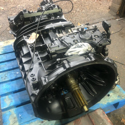 ZF 8S2230 gearbox