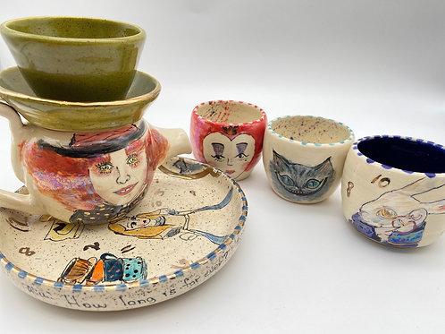 """""""Alice"""" tea set """" collective item"""