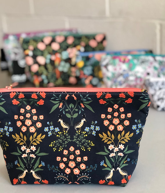 SWEETLY STITCHED - Large cosmetics bags
