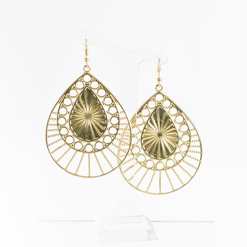 SUPER AMAZING - Gold Swirl Hook Earrings