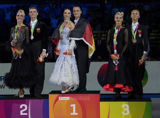 3 Dmitry Zharkov - Olga Kulikova, RUS.jp