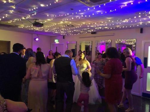 Wedding dancefloor 01.jpg