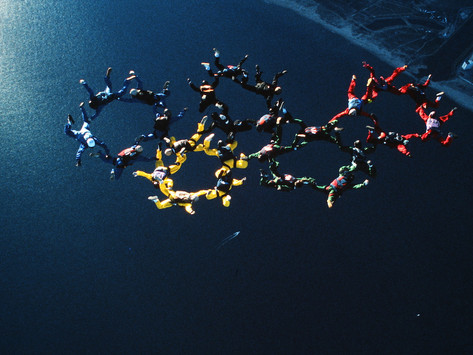 SKYDIVING COMPETITION II